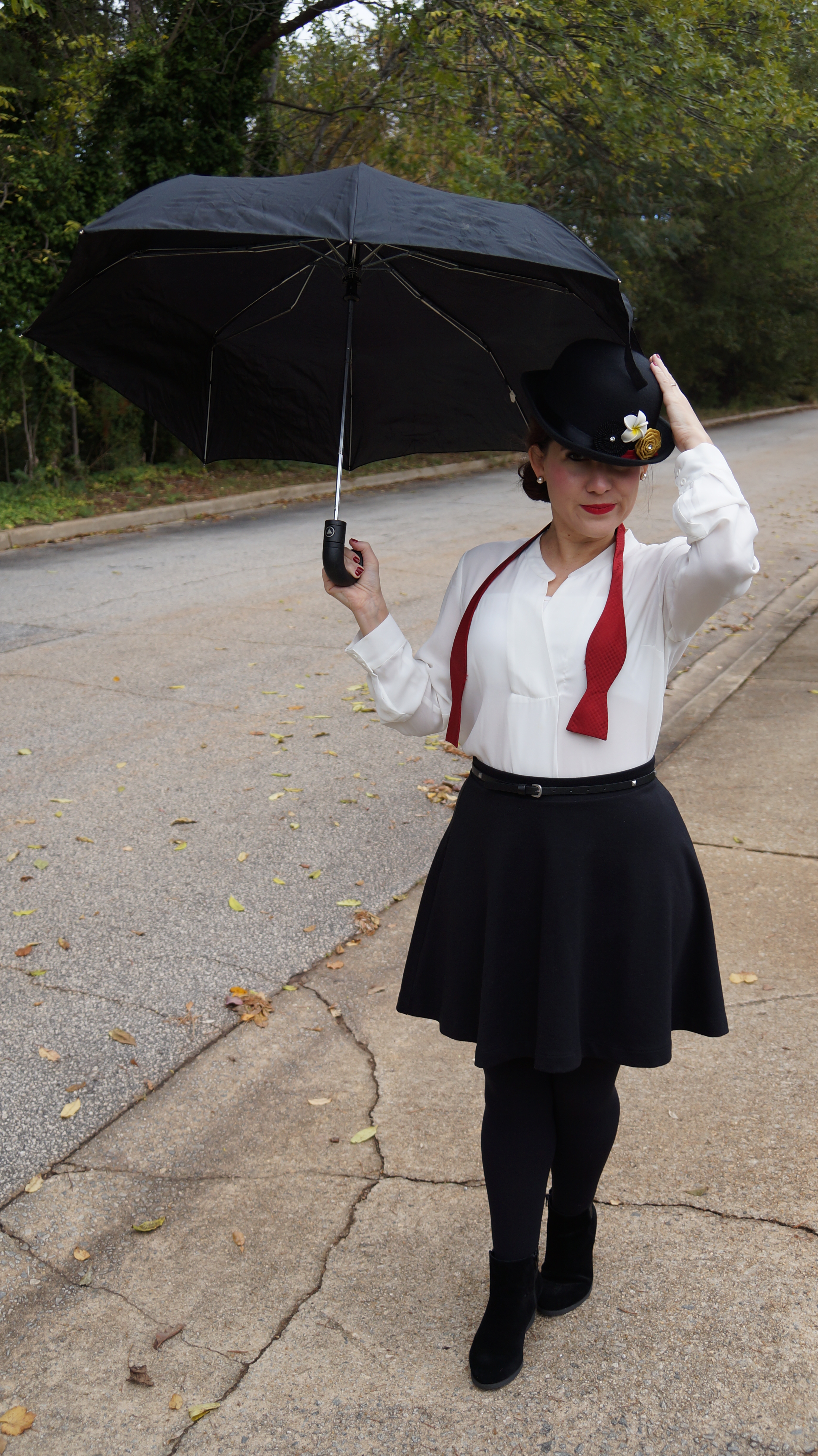 The Modern Mary Poppins Work Halloween Costume Lindsey